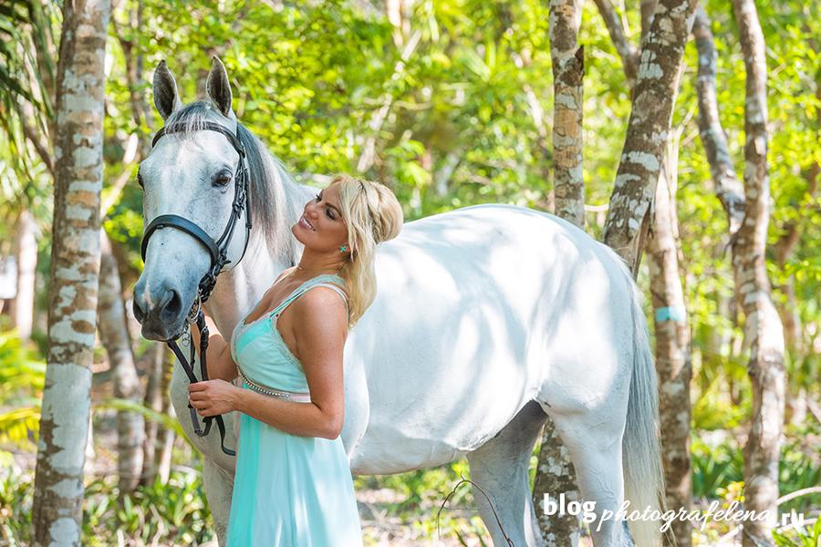 фотосессия с лошадью девушка блондинка